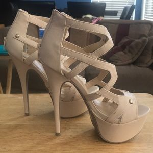 Shoes - Tan platforms
